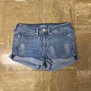 Levi Low-Rise Shortie Shorts